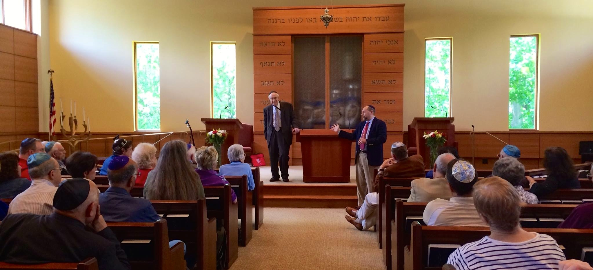 2014-05-18-Rabbi-Dresner-takes-questions-from-the-audience