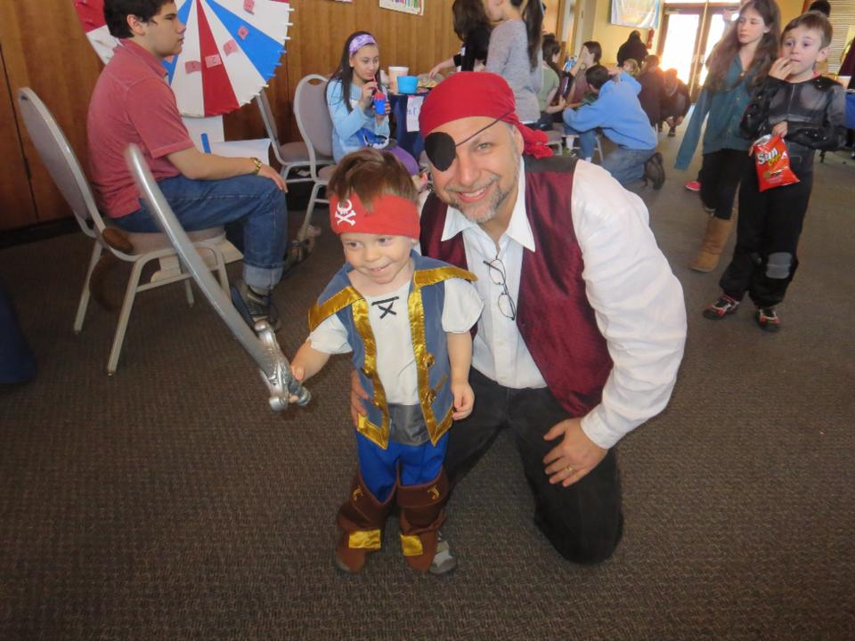 Purim-Pirate-Rabbi